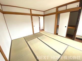 3階和室8帖です♪明るく開放的な室内です!!