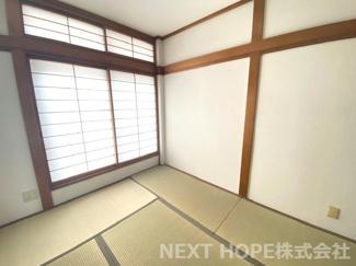 2階和室6帖です♪足を伸ばして寛げる居室です♪室内大変綺麗です♪即ご入居していただけます(^^)