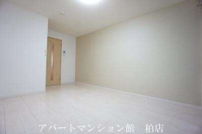 【寝室】リブリ・シェーヌ