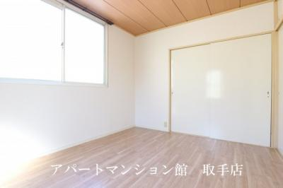 【居間・リビング】グリーンヒルB