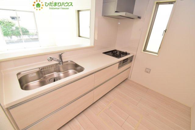 【キッチン】西区土屋 3期 新築一戸建て グラファーレ 09