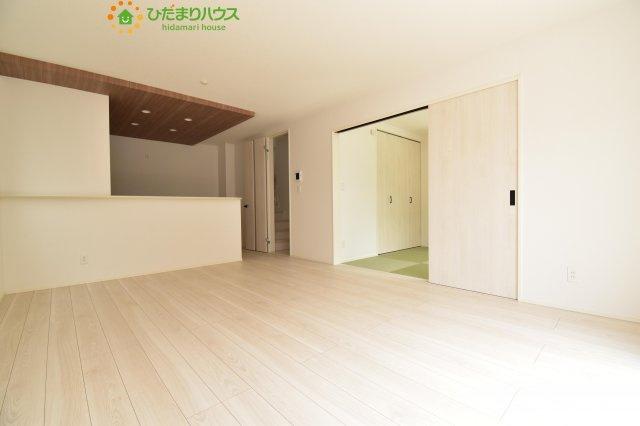 【居間・リビング】西区土屋 3期 新築一戸建て グラファーレ 09