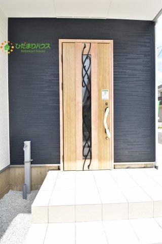 【玄関】西区土屋 3期 新築一戸建て グラファーレ 09