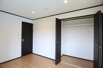 2階洋室は各部屋クローゼット付きです。