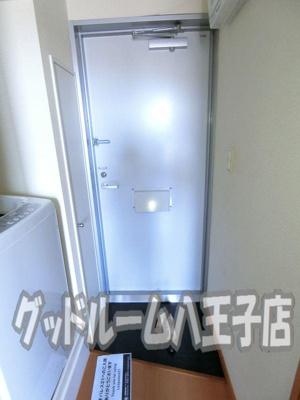 【玄関】レオパレスサンシン