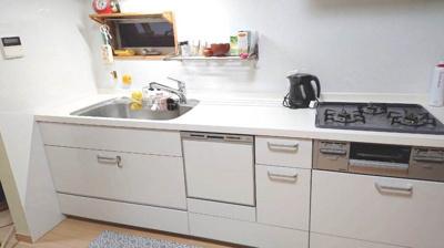 毎日使うキッチンがきれいだとお料理も楽しくなります