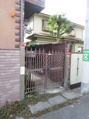【エントランス】マリエメゾン駒沢