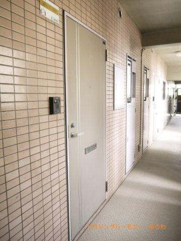 【玄関】グランヴェルジェ蓮根