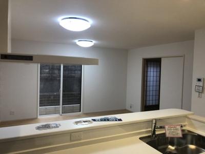 三木市宿原第6 新築一戸建て 同一仕様例写真です。実際とは色・柄等が異なります。