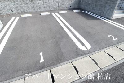 【駐車場】アルコイーリス