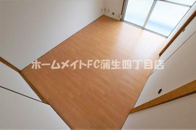 【洋室】ラ・フォーレつるみ