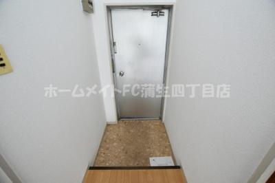 【玄関】ラ・フォーレつるみ