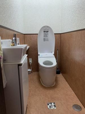 【トイレ】うるま市石川東山本町 戸建て