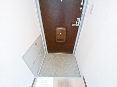 【玄関】エスペランサ郡家