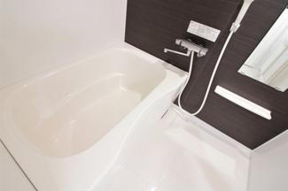 新品の浴室ユニットバスです♪一日の疲れを癒してくれますね(^^)