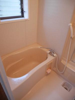 【浴室】津山市押入 中古住宅 3DK+離れ