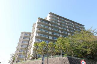 【清荒神アーバンライフ】地上10階建 総戸数117戸 ご紹介のお部屋は最上階の10階部分です♪