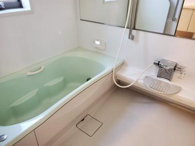 ゆったり浸かれるお風呂です♪