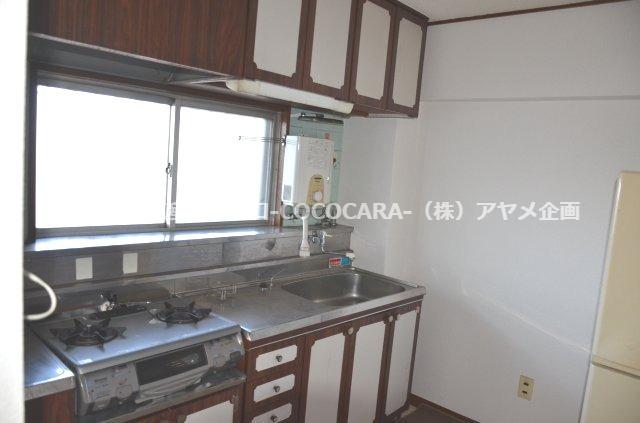【キッチン】ピアネーズ 小長井 215号室