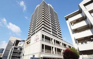 【アミング潮江ウエスト二番館】地上19階地下2階建 総戸数105戸 ご紹介のお部屋は13階部分です♪