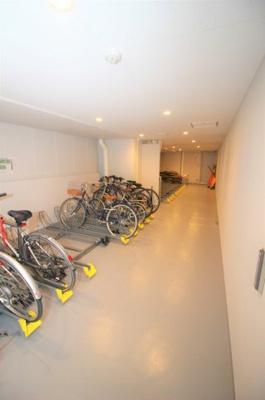 駐輪場も綺麗に管理されています。