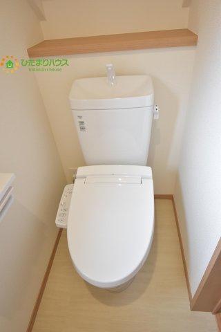 トイレは1F、2F共に完備!取り合いになることがありませんね♪