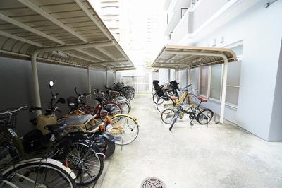 【駐輪場】エステート・モア・薬院倶楽部