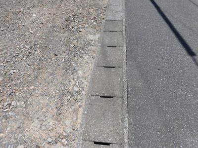 【前面道路含む現地写真】垂井町売土地