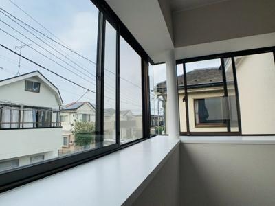 全居室2面採光以上を確保しており、優しい光が部屋全体を照らしてくれます。空気の流れもバッチリ