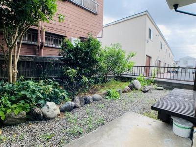 コチラの物件の魅力の1つ「縁側付きのお庭」やっぱり戸建ては庭付き一戸建てが夢ではないでしょうか?