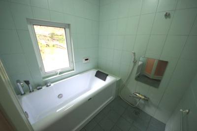 【浴室】大津市南小松1670-2 中古戸建