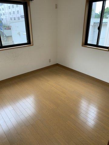 ※2階洋室③ 2階LDKのバルコニーと繋っています。