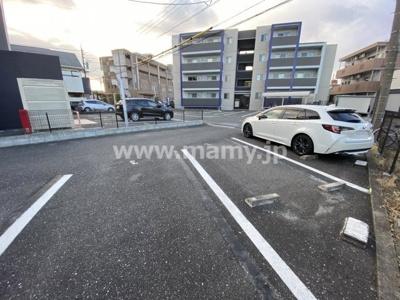 西浜田町駐車場M