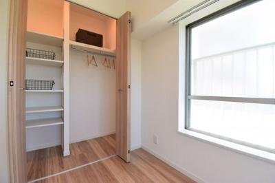 収納ひとつ、ふたつの違いに差が出る。各居室の収納はしっかりとした容量のスペースを確保しています。