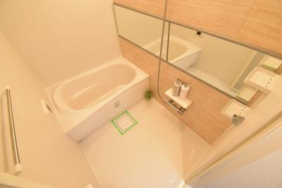 水回りも全て新規交換済で気持ちよくお使い頂けます。バスルームは1日の疲れを癒すリラクゼーション空間。