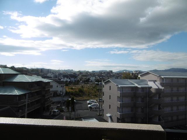 ベランダからの眺めです(同物件別室写真です)