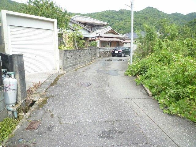 【周辺】黒川東二丁目13番17号