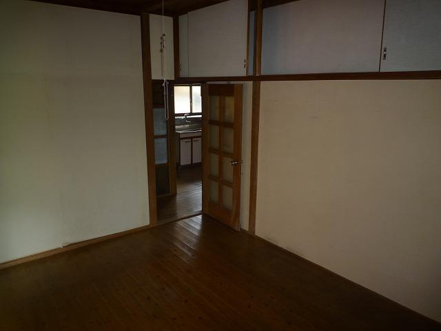 【洋室】黒川東二丁目13番17号