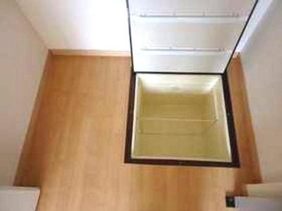 床下収納もありますよ♪
