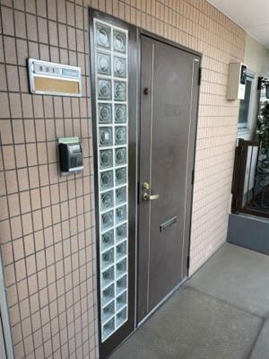 【玄関】メープルトヨタ