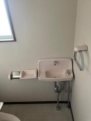 【トイレ】メープルトヨタ