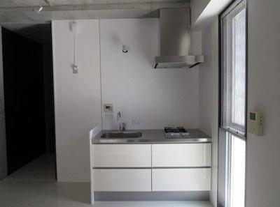 【キッチン】LOIS GRAND靭公園