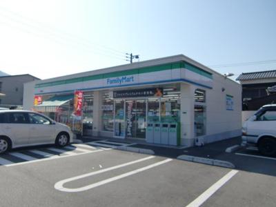 ファミリーマート小倉熊本店まで252m