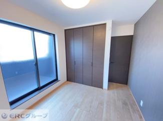3階バルコニー、洋室にはクローゼット設置♪