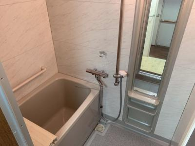 【浴室】●南向き●サンハイツ高槻 6号館