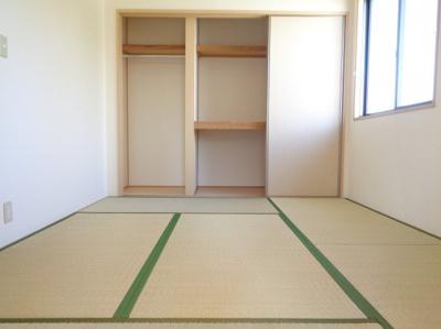 洋室6.5帖 ※反転タイプ