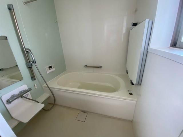 【浴室】酒門町中古一戸建て