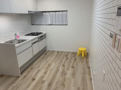 キッチンは広めのスペースです。