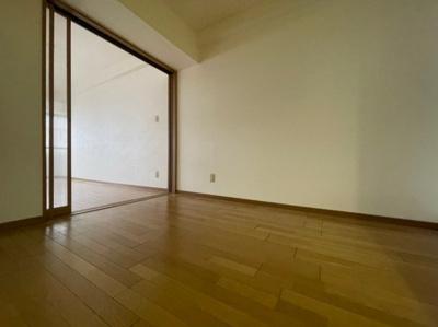 ゆったりとした居間です