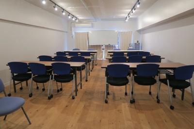 御徒町の貸事務所。 「毛利ビル」のことなら(株)メイワ・エステートへ 20名用の貸会議室が無料で利用できます。